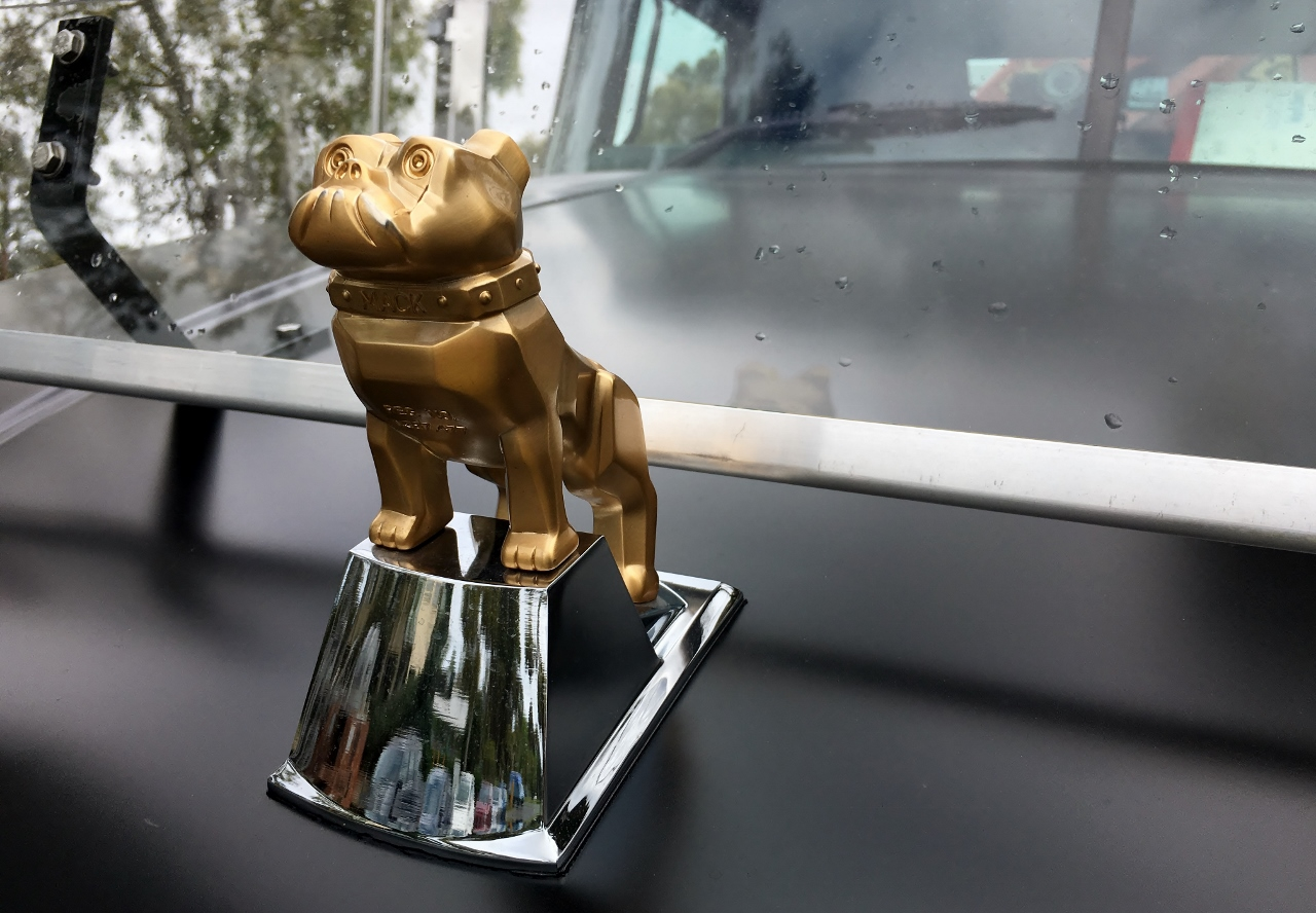 Gold Bulldog on the bonnet of this new Mack truck.